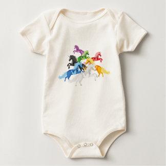 Body Para Bebê Unicórnios selvagens coloridos da ilustração