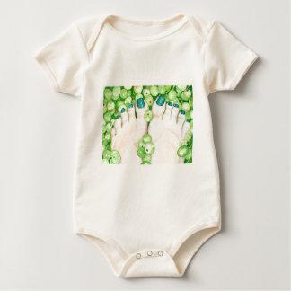 Body Para Bebê Uvas verdes e Pedicure