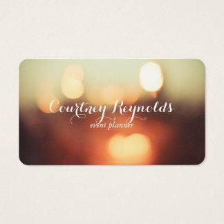 Bokeh elegante ilumina o ll do cartão de visita