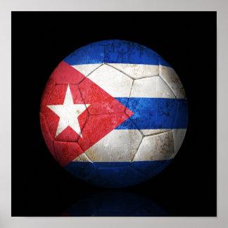 Bola de futebol cubana gasta do futebol de bandeir pôster
