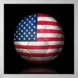 Bola de futebol gasta do futebol de bandeira ameri posters