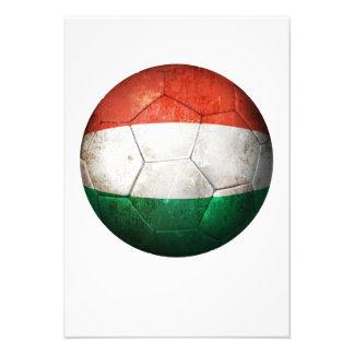 Bola de futebol húngara gasta do futebol de bandei convite