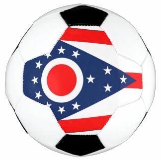 Bola de futebol patriótica com a bandeira de Ohio,