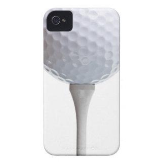 Bola de golfe no branco - modelo personalizado capa para iPhone 4 Case-Mate