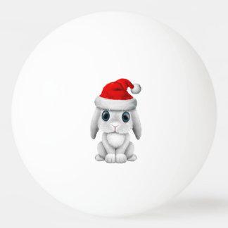 Bola De Ping Pong Coelho branco do bebê que veste um chapéu do papai
