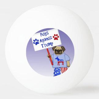 Bola De Ping Pong Pugs contra o trunfo