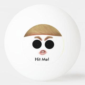 Bola de Pong do sibilo de Donald Trump.  Bata-a!