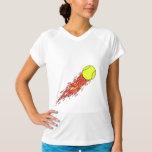 bola de tênis em chamas do fogo camisetas