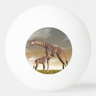 Bola Para Tênis De Mesa Girafa da mãe e do bebê - 3D rendem