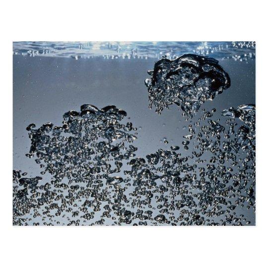 Bolhas de inspiração da água cartão postal