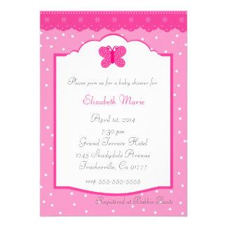 Bolinhas e chá de fraldas da borboleta convites personalizados