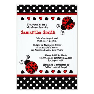 Bolinhas preto e branco do chá de fraldas vermelho convite personalizados