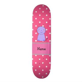 Bolinhas roxas conhecidas personalizadas do rosa d shape de skate 20,6cm
