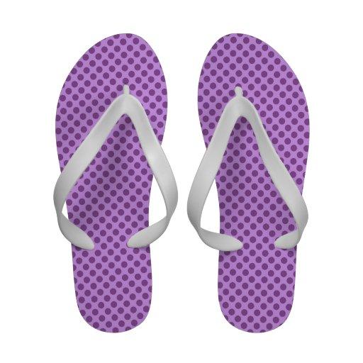 Bolinhas roxas malva e violetas flip-flop