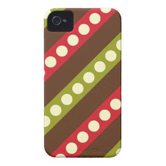 Bolinhas verdes vermelhas de Brown nas listras Capas Para iPhone 4 Case-Mate