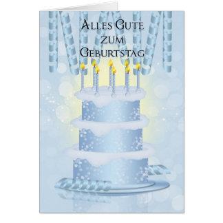Bolo de aniversário alemão e velas do cartão