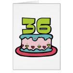 Bolo de aniversário das pessoas de 36 anos cartao