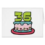 Bolo de aniversário das pessoas de 36 anos cartão