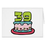 Bolo de aniversário das pessoas de 39 anos cartao
