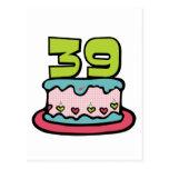 Bolo de aniversário das pessoas de 39 anos cartão postal
