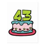 Bolo de aniversário das pessoas de 43 anos cartões postais