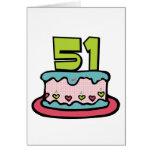 Bolo de aniversário das pessoas de 51 anos cartao