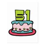 Bolo de aniversário das pessoas de 51 anos cartao postal