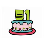 Bolo de aniversário das pessoas de 51 anos cartão postal