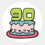 Bolo de aniversário das pessoas de 90 anos adesivo redondo
