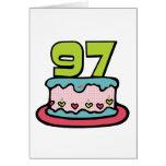 Bolo de aniversário das pessoas de 97 anos cartão