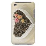 Bolo de casamento da forma do coração com flor, fi capa para iPod touch