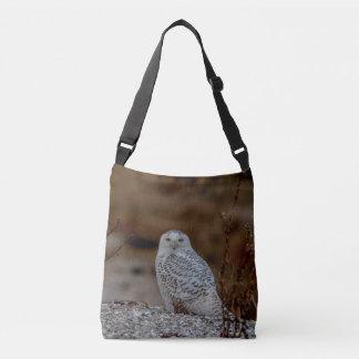 Bolsa Ajustável Coruja nevado que senta-se em uma rocha