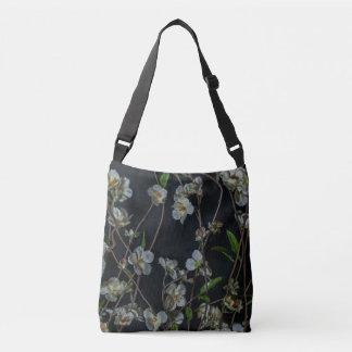 Bolsa Ajustável Flor branca do primavera no fundo preto