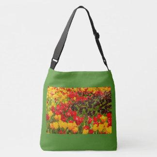 Bolsa Ajustável florescência das tulipas em um parque no saco para