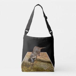 Bolsa Ajustável Lontra que come peixes saborosos, saco para o