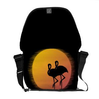 Bolsa Carteiro Flamingos do por do sol