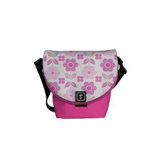 Bolsa Carteiro Flores cor-de-rosa retros