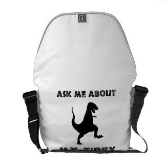 Bolsa Carteiro Pergunte-me sobre T Rex engraçado
