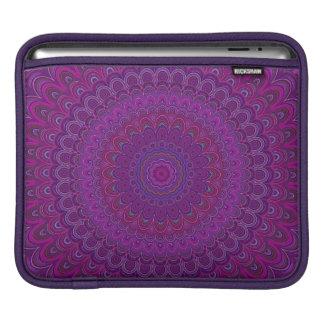 Bolsa De iPad Mandala roxa da flor