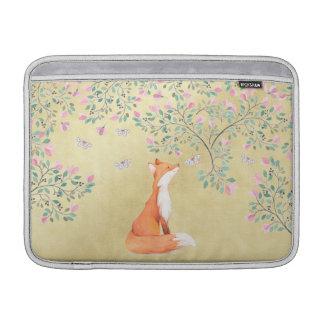 Bolsa De MacBook Air Fox com borboletas e as flores cor-de-rosa