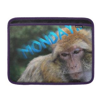 Bolsa De MacBook Air Macaco triste sobre segunda-feira