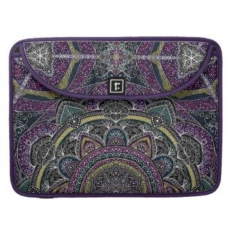 Bolsa MacBook Pro Estrelas sagrados e laço da mandala roxos e pretos