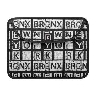 Bolsa MacBook Pro Tipografia do Grunge de Bronx New York |