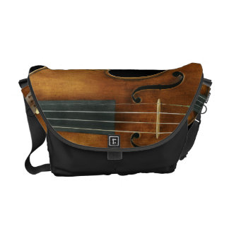 Bolsa Mensageiro Stradivari reproduziu sobre