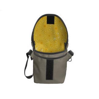 Bolsa Mensageiro Teste padrão de flores amarelo ensolarado do