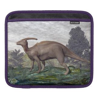Bolsa Para iPad Dinossauro de Parasaurolophus entre árvores do