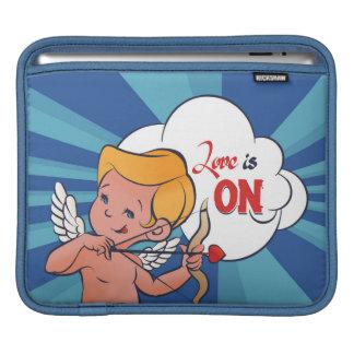 Bolsa Para iPad O amor da volta do arqueiro do Cupido está no pop