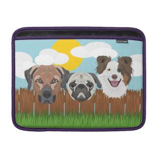 Bolsa Para MacBook Air Cães afortunados da ilustração em uma cerca de