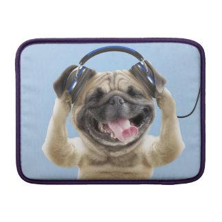 Bolsa Para MacBook Air Pug com fones de ouvido, pug, animal de estimação