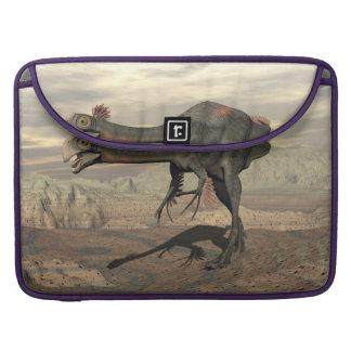 Bolsa Para MacBook dinosaur_gigantoraptor_walking_landscape_standard.